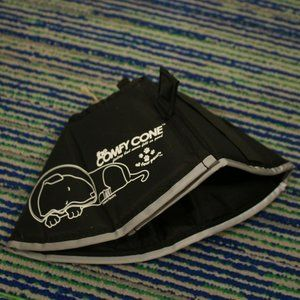 The Comfy Cone Dog Soft Collar Black Sz Small
